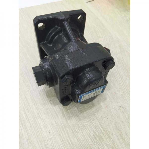 Vickers PV080R1K4A4NFDS+PGP505A0020CA1 Piston Pump PV Series #2 image